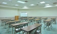 305教室
